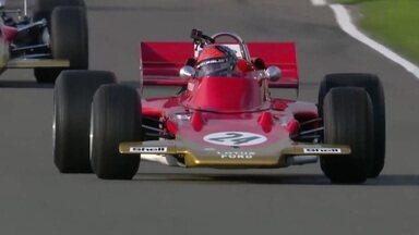 Após 50 anos, Emerson Fittipaldi volta a guiar a Lotus com que conquistou a primeira vitória do Brasil na Fórmula 1 - Após 50 anos, Emerson Fittipaldi volta a guiar a Lotus com que conquistou a primeira vitória do Brasil na Fórmula 1