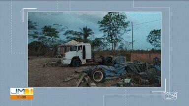 Dois caminhões roubados foram encontrados pela polícia em Imperatriz - Polícia fecha local que seria ponto de desmanche de veículos.