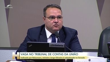 Indicado para vaga no TCU, Jorge Oliveira é sabatinado por comissão no Senado - O ministro da Secretaria-Geral da Presidência, Jorge Oliveira, é sabatinado pela comissão de assuntos econômicos do Senado. Ele foi indicado pelo presidente Jair Bolsonaro para uma vaga no TCU.