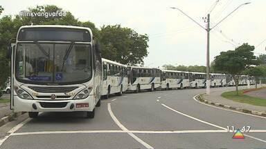 Motoristas do transporte público de Jacareí entram em greve - Eles reclamam de atraso no pagamento.