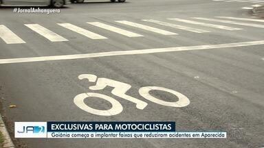 Faixas exclusivas para motociclistas começam a ser implantadas em Goiânia - Sinalização é utilizada em Aparecida de Goiânia, onde houve redução de acidentes com motos.