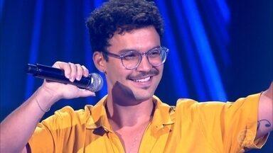 """Filipe Toca canta """"Deixa"""" - Confira a apresentação"""