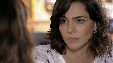 Mila avisa a Natália que decidiu morar com o pai - Ela pede que a mãe não fique de 'agarramento' com Juliano dentro de casa