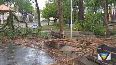 Cidades da região sofreram com temporal do último domingo (25) - Confira as ocorrências.