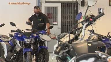 Venda de motos cresceu durante a pandemia no RS - Vice-presidente do sindicato das concessionárias do segmento afirma que o mês de setembro desse ano, superou em vendas o mesmo período do ano passado.