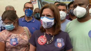 Martha Rocha (PDT) faz campanha no Engenho Novo - A candidata do PDT conversou com feirantes e distribuiu panfletos.