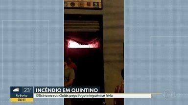 Incêndio em oficina de carros assusta moradores de Quintino - Trecho da Rua Goiás foi interditado.