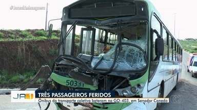 Três pessoas ficam feridas após acidente com dois ônibus em Senador Canedo - Acidente aconteceu na GO-403.