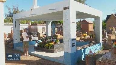 Prefeitura cria regras para visitação a cemitérios no Dia de Finados em Ribeirão Preto - Uso de álcool em gel e limitação de público são algumas das medidas.