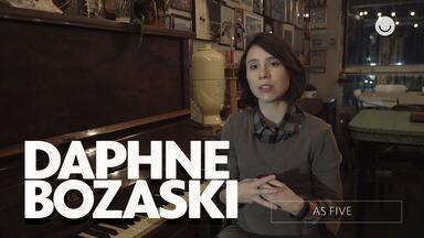 Confira entrevista exclusiva com Daphne Bozaski sobre As Five - Atriz conta como foi gravar a série e fala sobre sua personagem Benê!