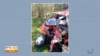 Jovem morre vítima de acidente de trânsito na Rodovia Geraldo Rodrigues Arruda - Capotamento foi na manhã desta segunda-feira (2).