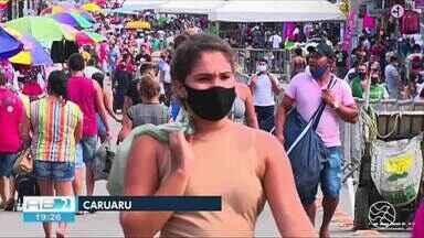 Reportagem mostra movimento da Feira da Sulanca no primeiro domingo de novembro - Expectativa é de que movimento seja melhor nas próximas feiras.