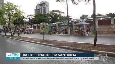 Artesãos complementam renda com vendas em cemitérios de Santarém - Produtos como flores tiveram saída durante o dia dos finados.