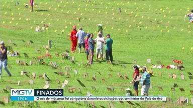 Cemitérios do Vale do Aço recebem visitantes no Dia de Finados - Nos cemitérios não houve missa e nem cultos para evitar aglomeração.