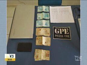 Homem é preso por suspeita de compra de votos em São João do Paraíso - Com ele a polícia apreendeu uma planilha com informações de várias pessoas e mais de 5 mil e 600 reais em dinheiro.