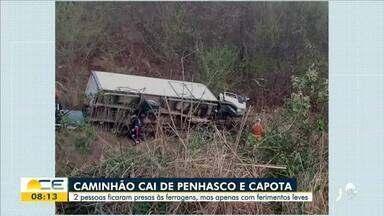 Caminhão cai de penhasco em Ipueiras - Saiba mais em: g1.com.br/ce