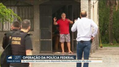 Polícia Federal faz uma operação contra a interferência da milícia nas eleições - Segundo a PF, a Operação Sólon investiga uma suposta lavagem de dinheiro do grupo paramilitar para financiar campanhas eleitorais no Rio.