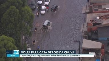 SP2 - Edição de sexta-feira, 13/11/2020 - Chuva forte complica a volta para casa na capital. Número de eleitores com deficiência cresce 33% em São Paulo. Novo sistema para fazer transferências bancárias, o PIX entra em vigor nesta segunda-feira.