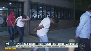 Polícia prende quatro suspeitos de estarem envolvidos em roubo a joalheria de Campinas - Suspeitos foram presos no centro de São Paulo (SP) e foram indiciados por formação de quadrilha e receptação qualificada.