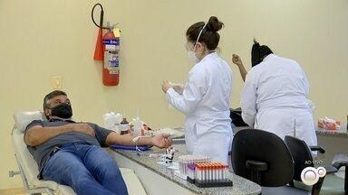 Hemonúcleo de Sorocaba faz campanha para aumentar estoque de bolsas de sangue - O hemonúcleo de Sorocaba (SP) está fazendo uma campanha para aumentar o estoque de bolsas de sangue.