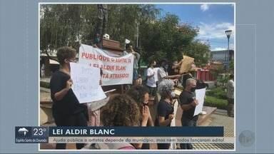 Artistas pedem agilidade na liberação de recursos da Lei Aldir Blanc - Artistas pedem agilidade na liberação de recursos da Lei Aldir Blanc