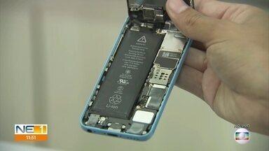 Saiba como prevenir o superaquecimento de aparelhos de celular - Problema pode causar queimaduras em quem está usando o smartphone.