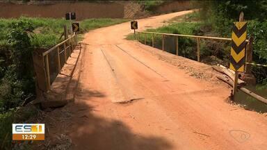 Ponte que liga Jaguaré a Vila Valério é interditada, no Norte do ES - Assista.