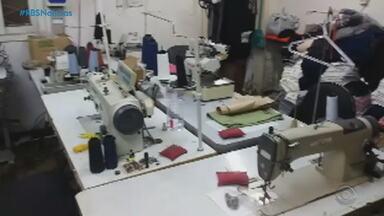 Indústrias de confecção sofrem com a falta de matéria-prima no RS - Cerca de 350 empresas do ramo encerraram as atividades durante a pandemia de Covid-19.