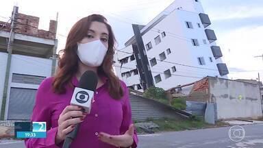 Laudo vai definir como será demolição de prédio inclinado em Betim - Documento vai orientar todo o trabalho de demolição, que pode começar nessa sexta-feira (20).