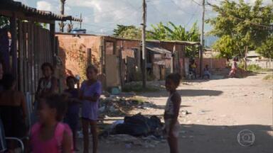 IBGE divulga raio-X das condições de vida das famílias brasileiras - O instituto perguntou quanto cada integrante da família precisaria para sobreviver. Os 10% mais pobres disseram que precisariam de R$ 470 por mês. Mas eles ganham, em média, a metade disso.