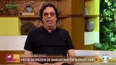 Casagrande e Ana Thaís lembram carreira do craque Maradona, morto aos 60 anos - Fãs se despedem de Maradona em Buenos Aires