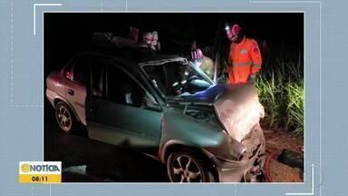 Um homem fica preso às ferragens em acidente entre carros na MG-900 - A colisão frontal foi registrado na rodovia que liga Sobrália a Fernandes Tourinho.