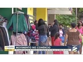Comércio movimenta devido a compras de fim de ano - Comércio movimenta devido a compras de fim de ano