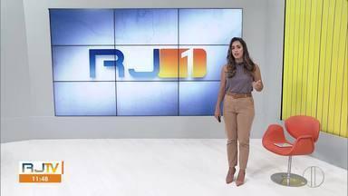 Veja a íntegra do RJ1 desta quinta-feira, 03/12/2020 - Apresentado por Ana Paula Mendes, o telejornal da hora do almoço traz as principais notícias das regiões Serrana, dos Lagos, Norte e Noroeste Fluminense.