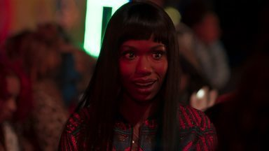 O Que Acontece Ao Norte do Estado - Hazel leva Ari e Bree a uma festa de um produtor musical que poderia ajudá-la. Ari se sente insatisfeita com o casamento depois de ver um ex, e Bree descobre que ainda ama Gary.