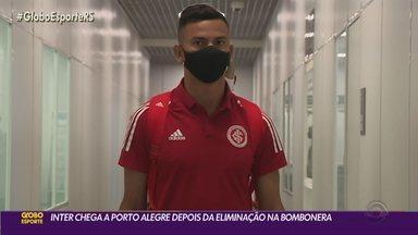 Delegação do Inter chega em Porto Alegre após eliminação para o Boca Juniors - Jogadores ainda realizam treino na tarde desta quinta-feira.