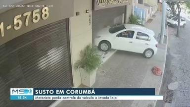 Motorista perde controle de veículo e invade loja em Corumbá - Motorista perde controle de veículo e invade loja em Corumbá