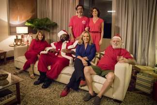 """Episódio Especial - Após meses sem se encontrar, Murilo finalmente vai rever a família no Natal. A dúvida é: levar ou não Adelaide, sua """"colega de quarentena""""."""