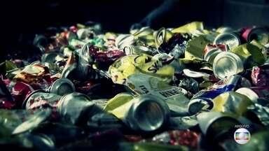 Projeto Educação: entenda como funciona o processo de reciclagem - Professor faz revisão de química e aponta qual a diferente de reciclagem e reaproveitamento.