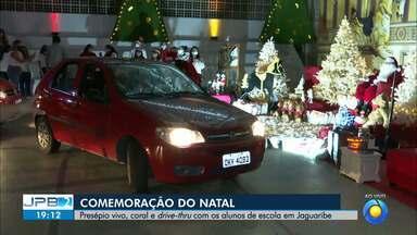 Colégio de João Pessoa faz comemoração de Natal especial - Pais passam de carro e veem diferentes cenários natalinos sem aglomerar.