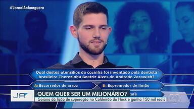 Estudante goiano ganha prêmio de R$ 150 mil no Caldeirão do Huck - Com dinheiro, ele pretende continuar os estudos na faculdade de medicina.
