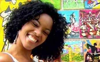 Video Show leva intérprete de Dandara para um passeio em Salvador - Aline Nepomuceno, atriz de Ó Paí Ó, se diverte nos intervalos das gravações do seriado.