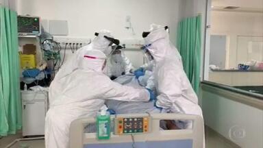 Em meio à pandemia e à dor, histórias emocionantes de superação - Profissionais da saúde e pacientes que sobreviveram à Covid-19 foram aplaudidos nas unidades de saúde pelo país e no mundo.