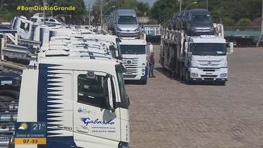 Transportadoras planejam mutirão para ajudar na distribuição da vacina para Covid-19 no RS - Assista ao vídeo.
