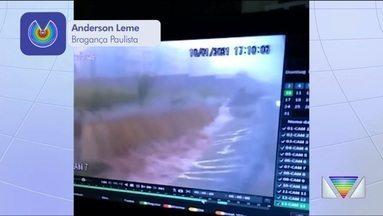 Chuva causa transtornos nas cidades da região - Bragança Paulista e Caçapava registraram problemas.