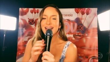 Claudia Leitte canta 'Baldin de Gelo' - Confira