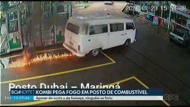 Carro pega fogo em posto de combustível, em Maringá - Apesar do susto e da fumaça, ninguém se feriu.