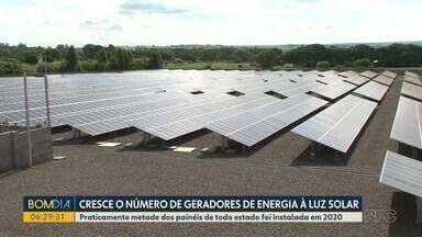 Quase 12 mil geradores de energia solar foram instalados em 2020 no Paraná - Procura cresceu por esse tipo de sistema durante a pandemia. São mais de 25 mil geradores em todo estado.