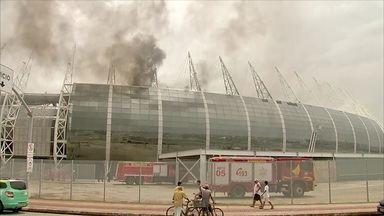 Incêndio atinge Arena Castelão - Incêndio atinge Arena Castelão