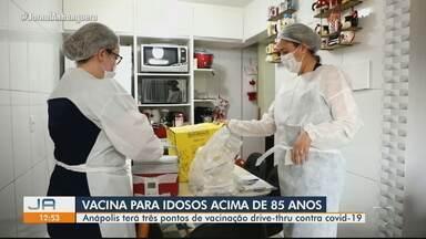 Prefeitura de Anápolis vai vacinar idosos acima de 85 anos em sistema drive-thru - Cidade terá três pontos de vacinação.